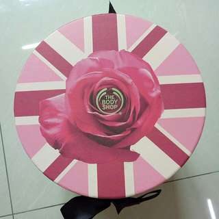 The Body Shop Rose Box