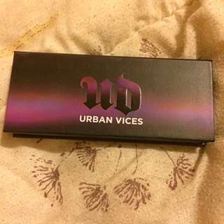 Urban Decay Urban Vices Pallet