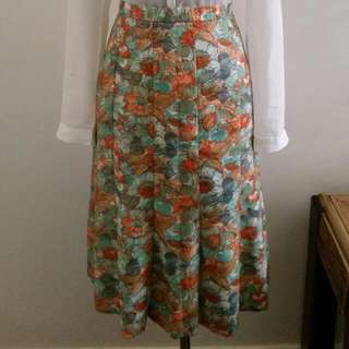 Vintage floral Pleated Skirt Size 12