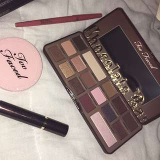 Too Faced Chocolate Bar Pallette