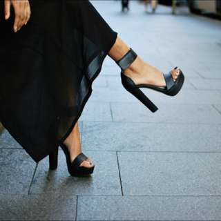 WINDSOR SMITH Malibu heels size 6