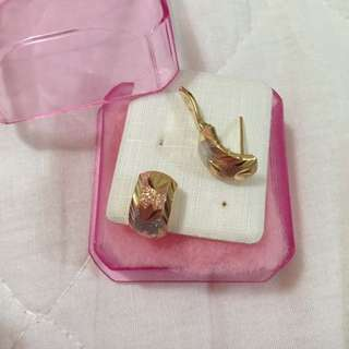 Peowned.Genuine 18Karat Tri-tone (Yellow,White,Rose Pink)Gold Ladies Earrings🎉