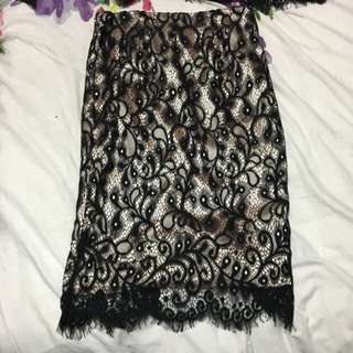 Dollhouse Design Skirt Black Lace. Size 8.