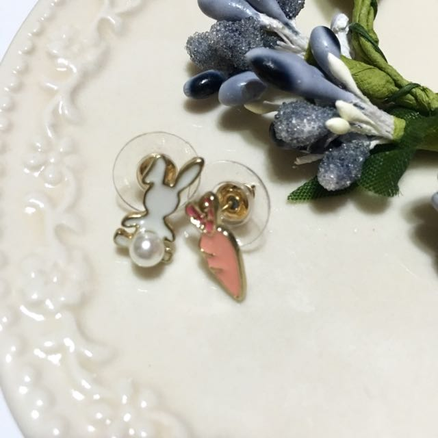✨全新✨童趣小白兔胡蘿蔔珍珠 耳環