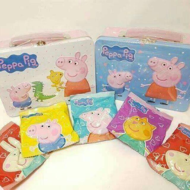 🐷佩佩豬 Peggy Pig 手提鐵盒餅乾