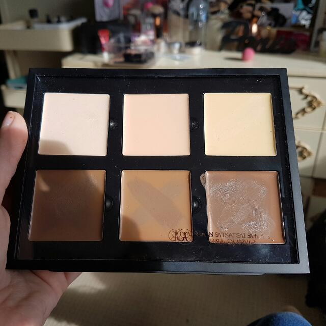 Anastasia Beverly Hills Cream Contour Light