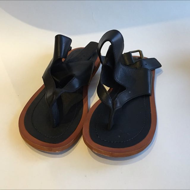 Beautiful Wrap Sandals // Size 35