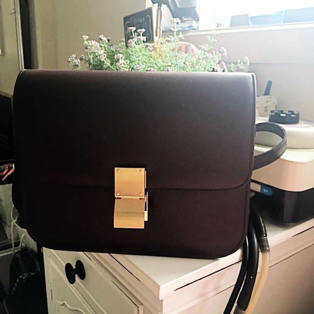 Burgundy Classic-Flap Box Bag