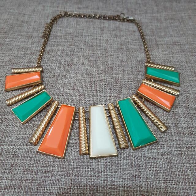Fashionable Necklace
