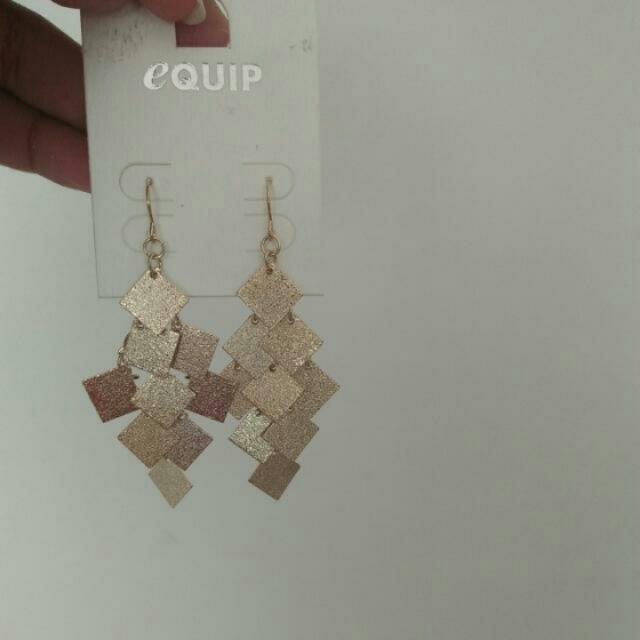 NEW Equip Diamond Drop Earings