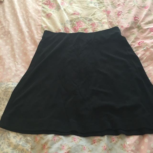 OJAY Size 10 Black Skirt