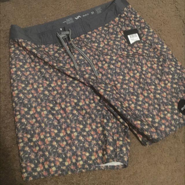 RVCA Floral Board Shorts Size 32
