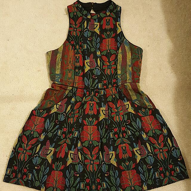Size 12 High Neck Floral Printed Dress