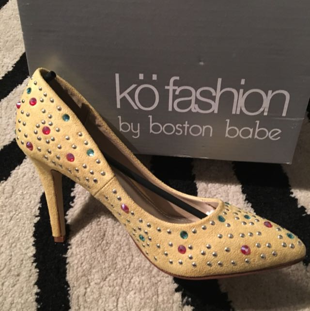 Suede Yellow Bedazzled Heels (Ko Fashion)