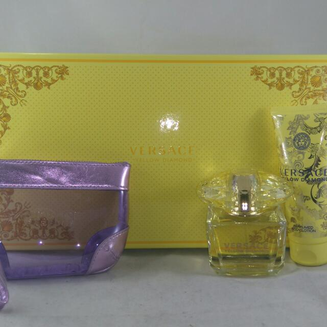 Versace Yellow Diamond For Women,  3 Piece Gift Set