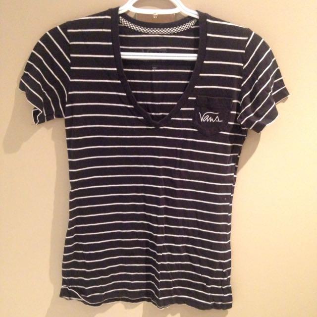 XS Vans V-Neck Shirt
