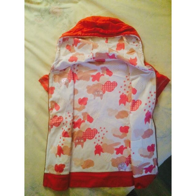 Zip-up Short Sleeves With Red Side And Shiny Floral Side.
