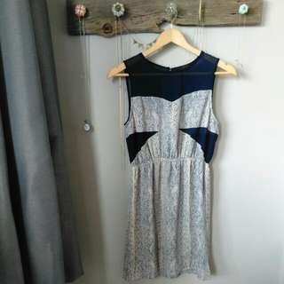 OVI Dress Size S