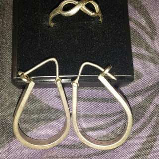 925 SILVER HOOP EARRINGS AND INFINITY RING