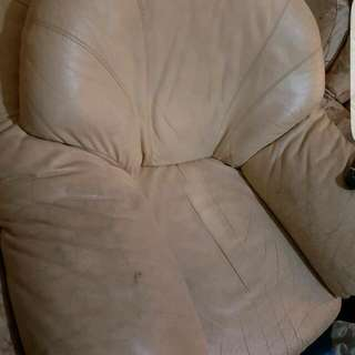 3 Single Couches Plus A 3 Seater Cream Leather And Flower Pattern - Make Me An Offer