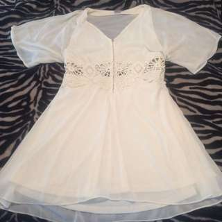 Sheer & Floral White Dress Size 18