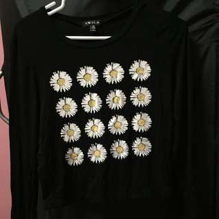 Black, flower long sleeved crop top