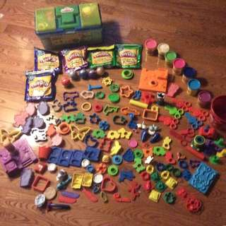Lot Of Play Dough / Accessories