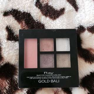 Silky Eye Shadow And Blush