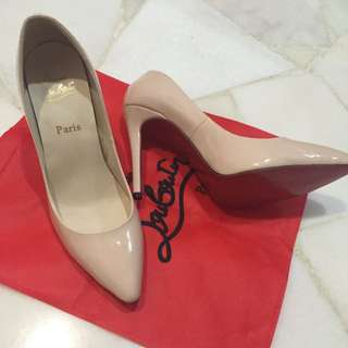 (RESERVED)BN Christian Louboutin (NUDE)