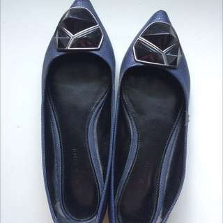 (REPRICE) Charles&Keith Pointed Flats