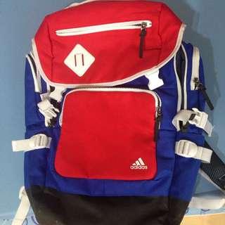 Adidas多層後背包