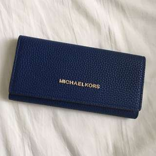 Michael Kors navy jet set wallet