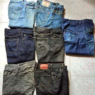 Jeans : Uniqlo, Edwin, True Religion, Levi's