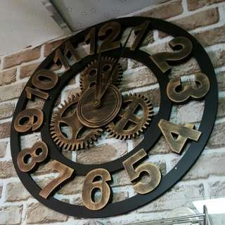 [Rustic design] big wooden wall clock with gears design