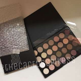 (bnib) 28 shade matte & shimmer palette