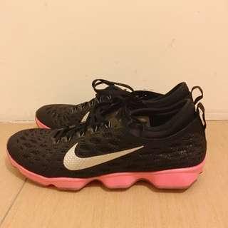 Nike 運動鞋24號全新