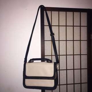 Black/cream Hand Bag Colette