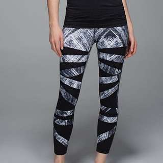 Lululemon High Times Size Two