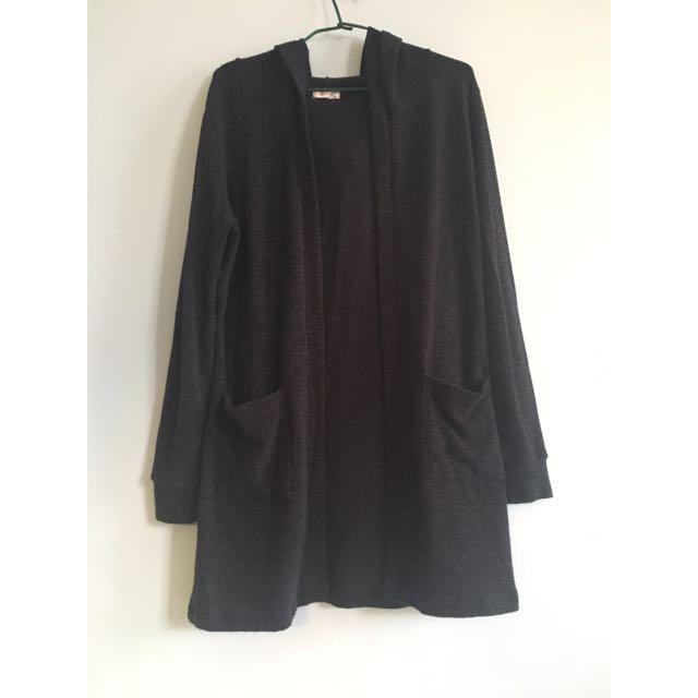 深灰色針織薄外套