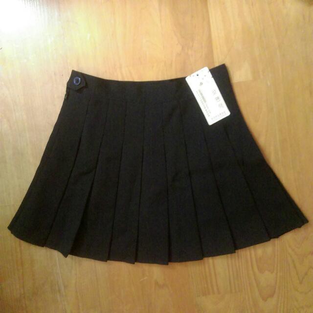 全新 黑 百褶裙