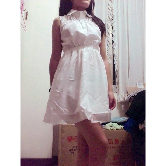 抓皺 收腰 顯瘦 氣質甜美白色無袖連身短裙長洋