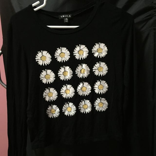 Black, flower long sleeved crop top