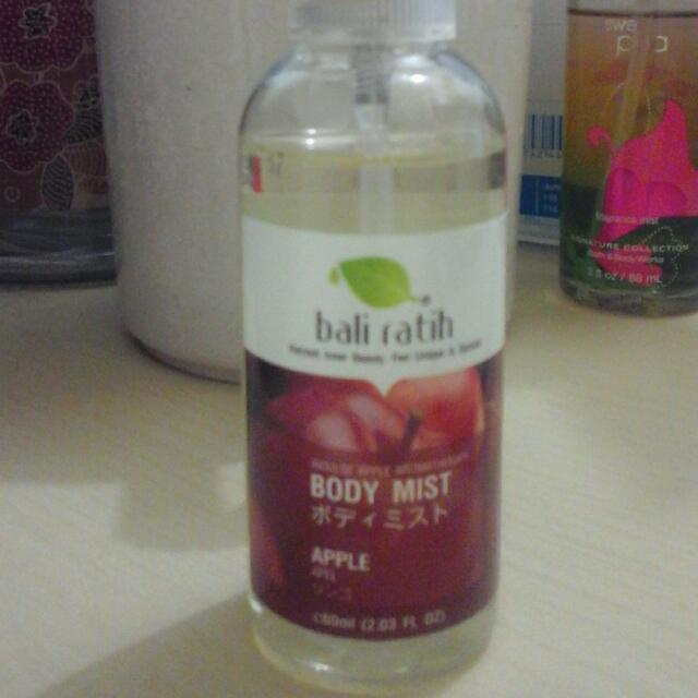 Body Mist Bali Ratih Apple