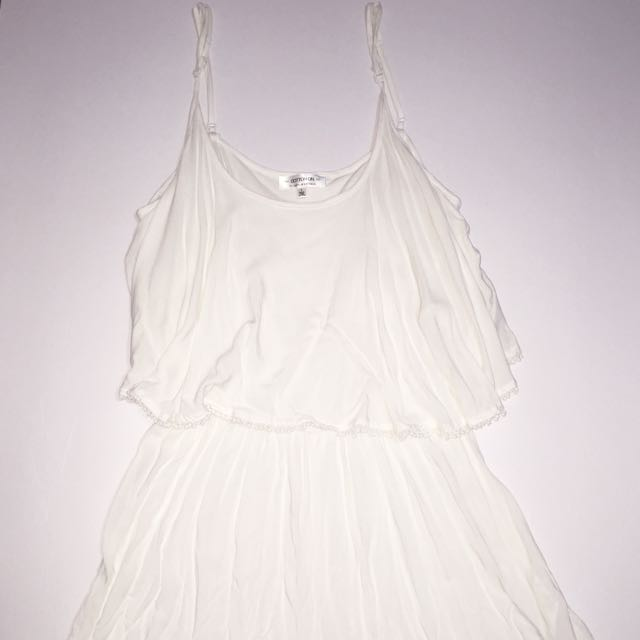 BRAND NEW Cotton On white jumpsuit with lace trimming in LARGE