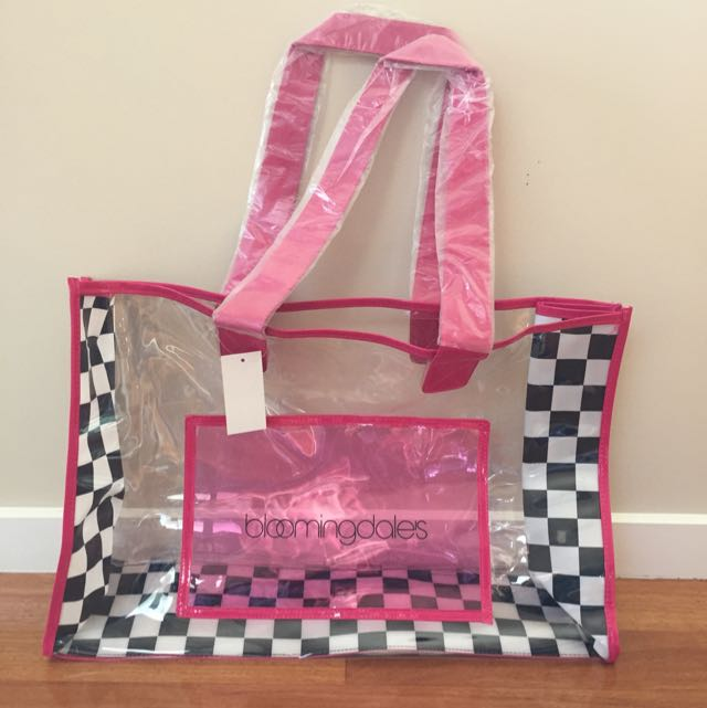 *EXCLUSIVE* Bloomingdales Beach/ Tote Bag