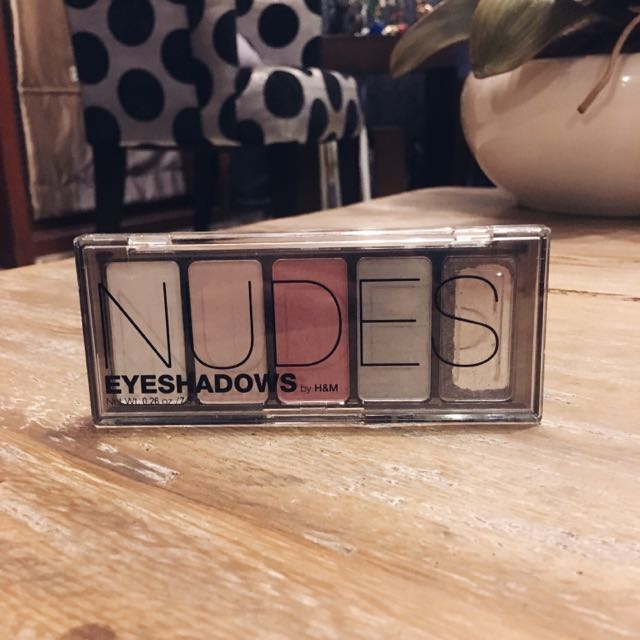 H&M Nudes Eyeshadow Palette