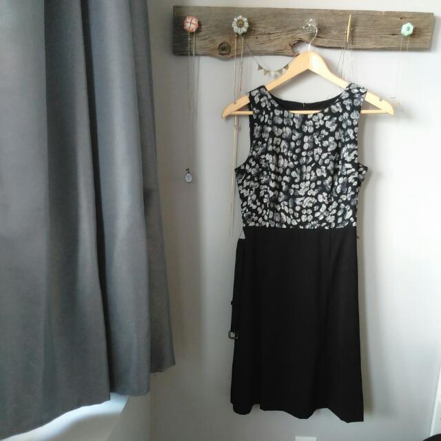 JACOB Dress Size XS (Fits Like Small)