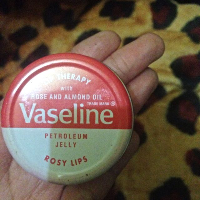 Lip Therapy Vaseline