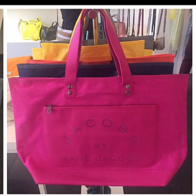 Marc Jacobs Tote (travel Bag) 42bc63216d51c