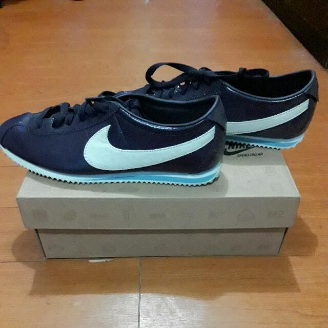 Nike WMNS Lady Cortez Leather
